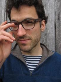 Schriftsteller + Schauspieler Tobias Fend